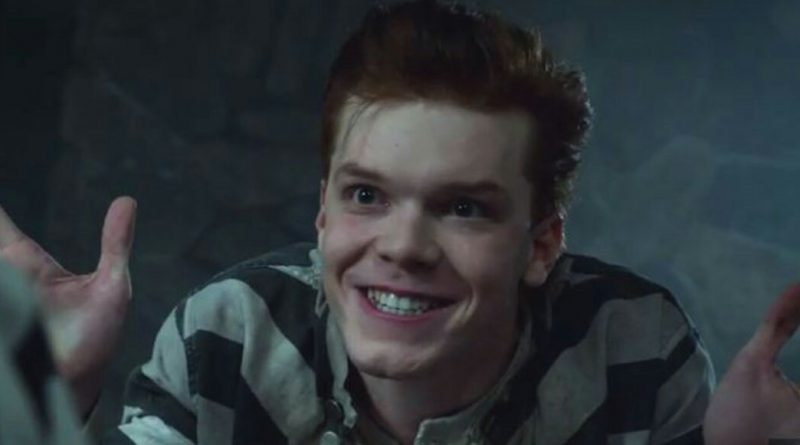 Gotham star Cameron Monaghan has shared his opinion on Joaquin Phoenix's Joker performance.