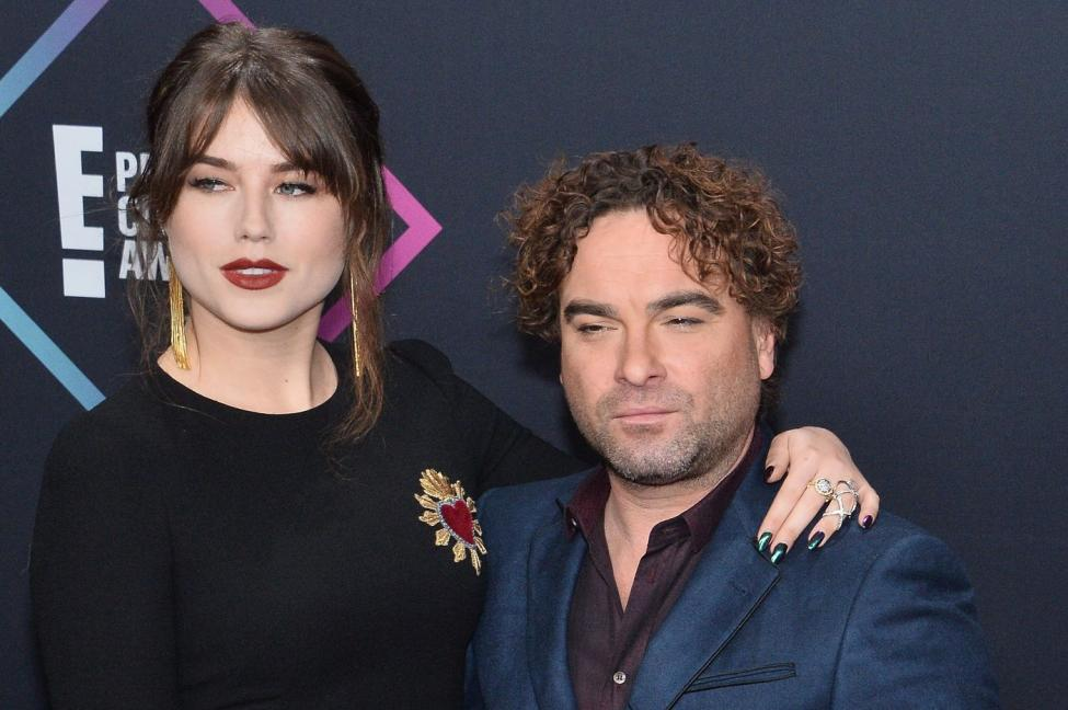 Who is johnny galecki married to