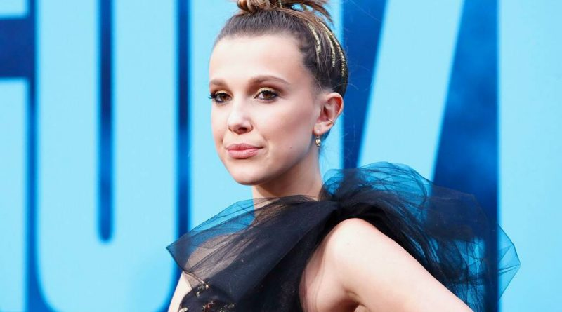 'Stranger Things' star Millie Bobby Brown has splited from her boyfriend Joseph Robinson