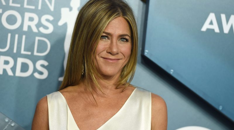 "'Friends' star Jennifer Aniston revealed her ""mood"" while giving us a glimpse at her post-workout portrait (Photos)"