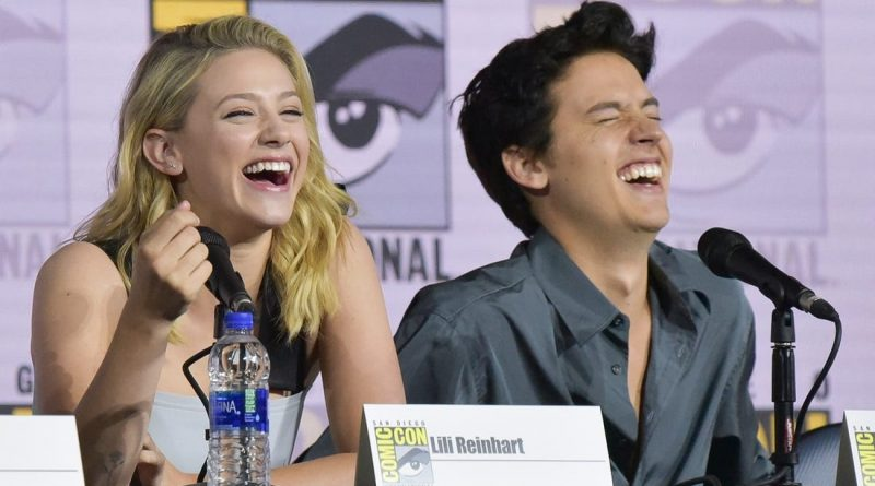'Riverdale' Star Lili Reinhart talks About Being Bisexual